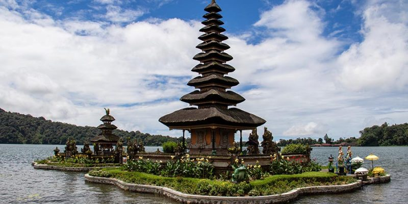 Майские! Перелеты на Бали от 511 € в две стороны